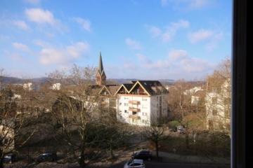 Barrierefreie Dachgeschosswohnung mit Stellplatz in der Hattinger City, 45525 Hattingen, Wohnung