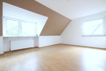 Helle Dachwohnung mit modernem Bad, 45289 Essen, Dachgeschosswohnung